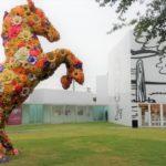 フラワーホースと美術館