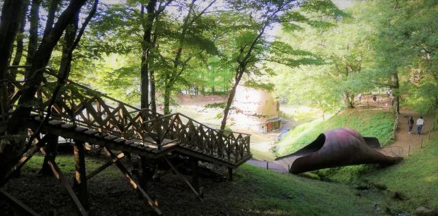 見晴らしの橋とデッキウォーク