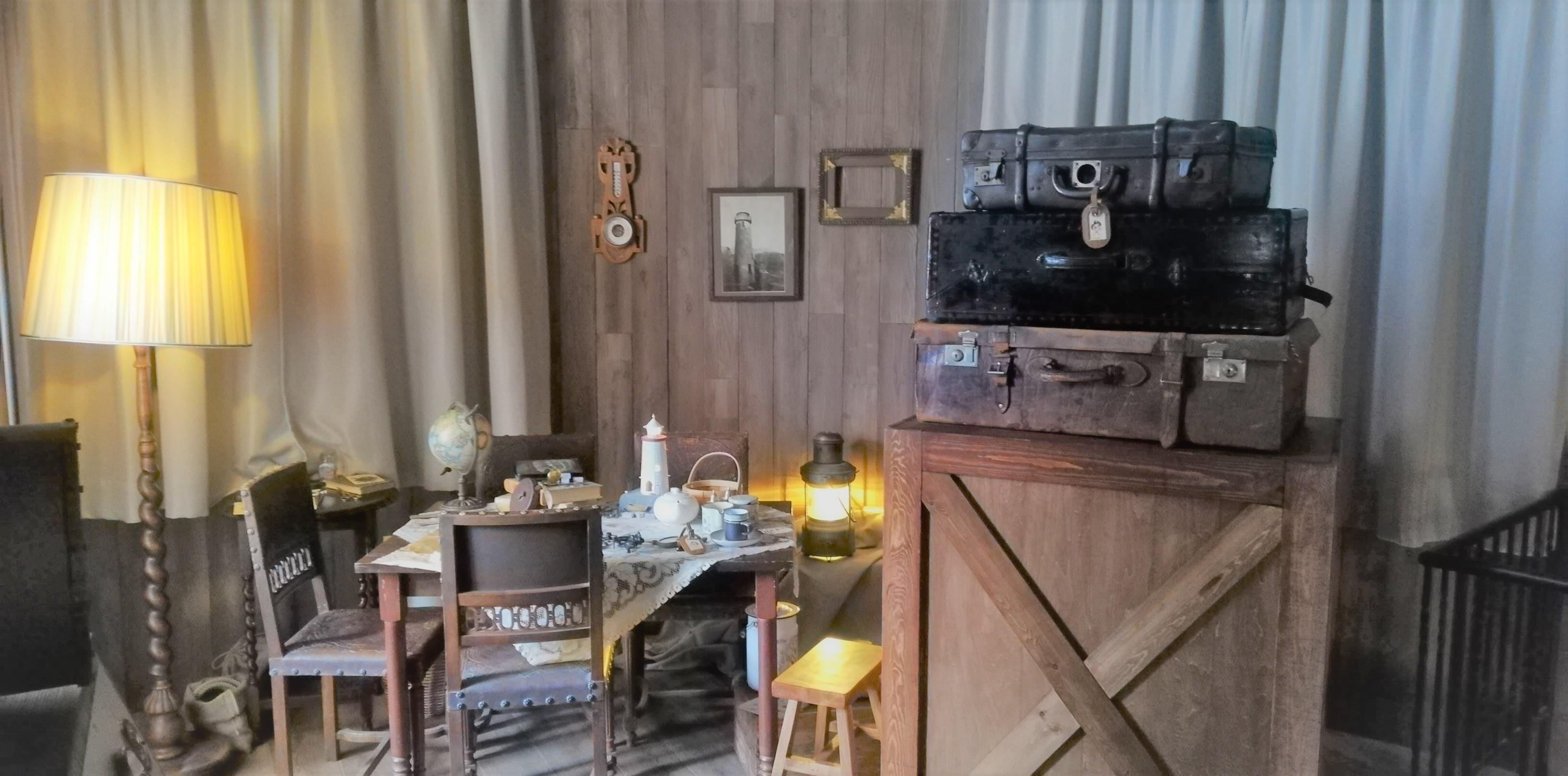 ムーミン屋敷ガイドツアー